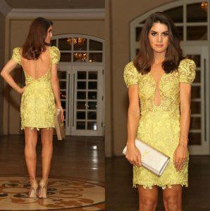 vestido amarillo de encaje