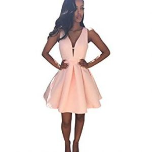 vestido de coctel con escote