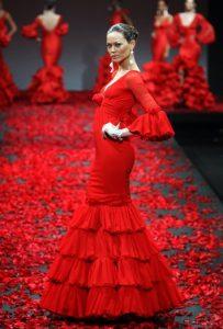 vestido de flamenca en pasarela