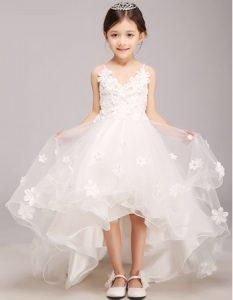 vestido de niña con detalles