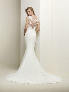 vestido de novia ceñido al cuerpo