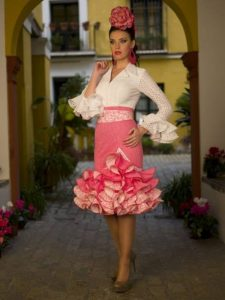 vestido corto de flamenca